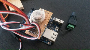Voltage regulator on top of Arduino Yun